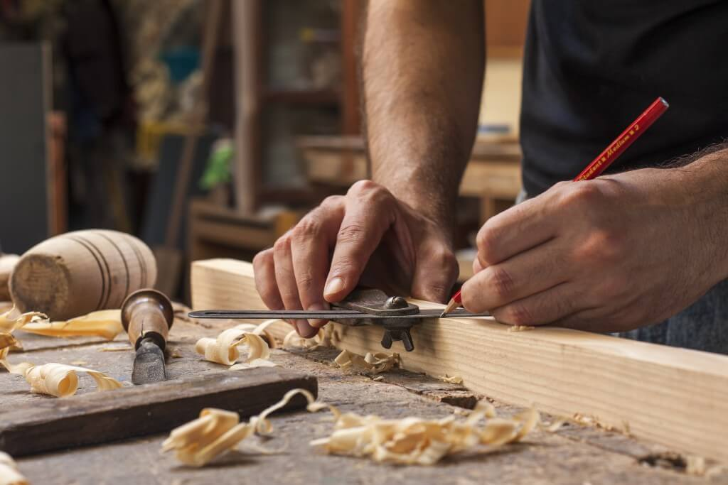 ZHandyman-Carpentry-1024x683 (1)